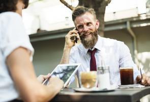 Strony umowy konsultingowej